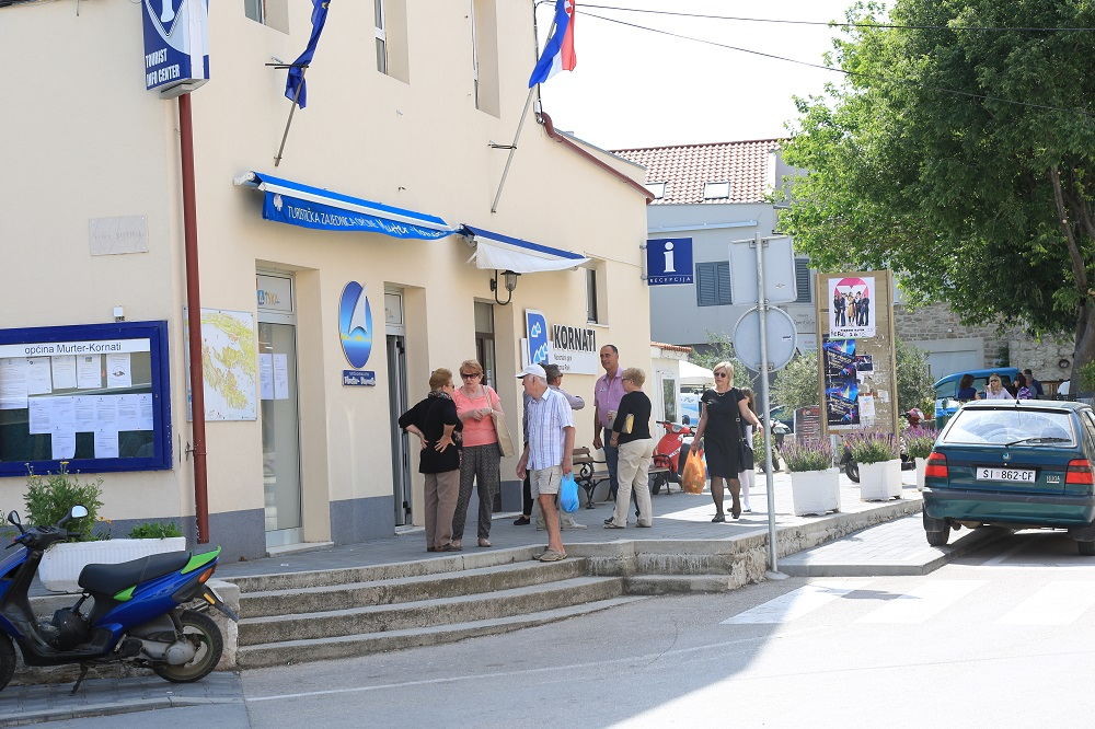 Izbori - Murter (Foto H. Pavic) (1)