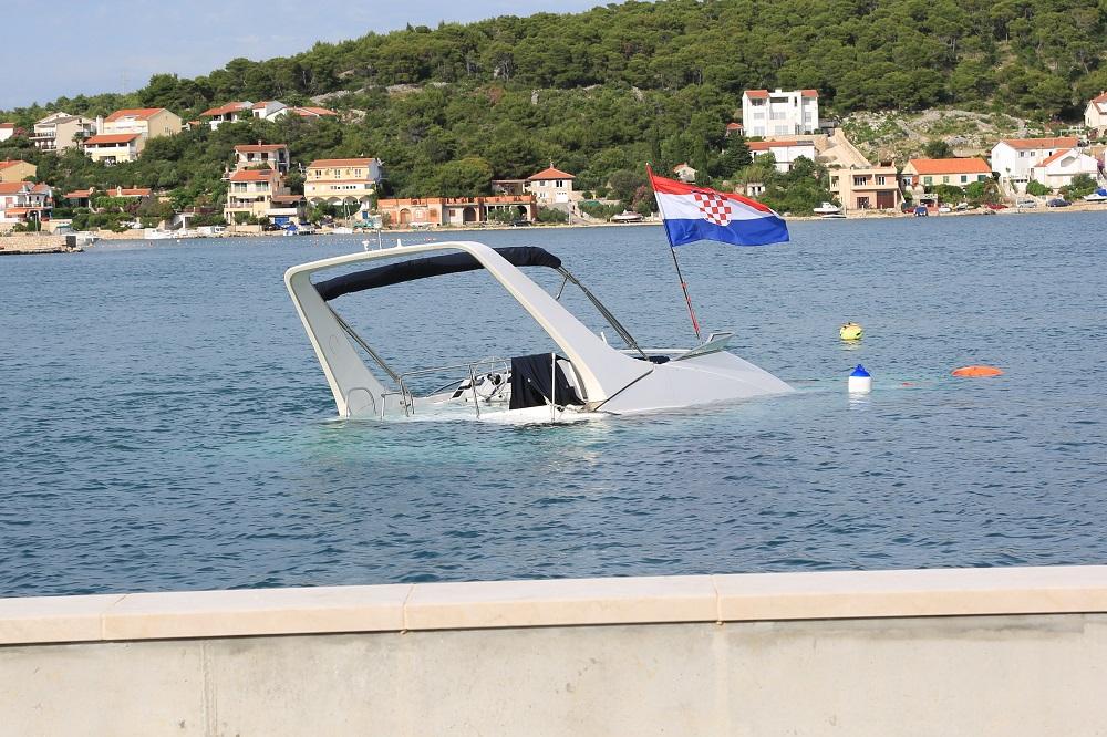 Brod - zastava