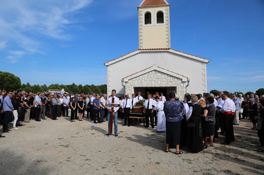 Pogreb Borisa Čubrića (5)