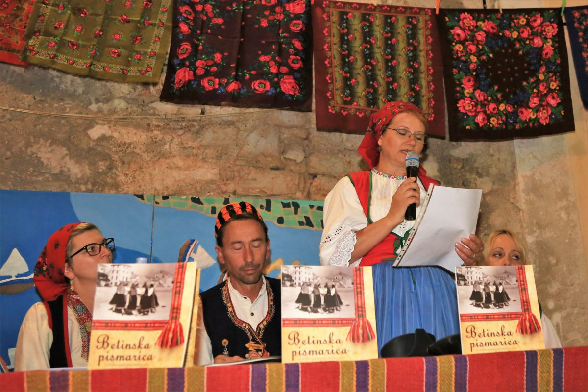 S predstavljnja Betinske pismarice (Foto: Rudinapress/H. Pavić)