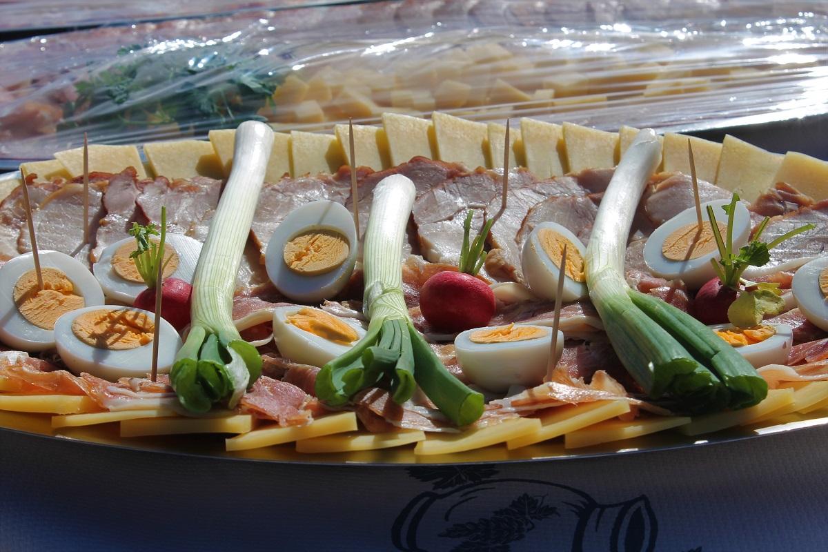 U Tisnome održan tradicionalni uskrsni doručak - Rudina Press